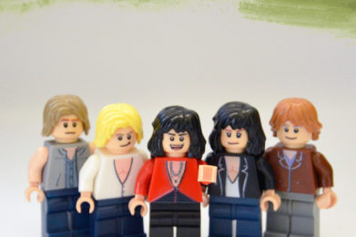 Lego Minifigure Aerosmith, Steven Tyler, Joe Perry, Brad Whitford, Joey Kramer, Tom Hamilton