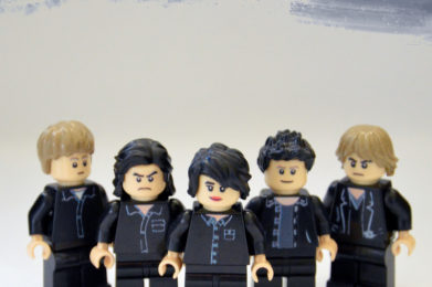 The Cure Lego minifigure created by Bloom Design, Robert Smith, Simon Gallup, Lol Tolhurst, Port Thompson, Boris Williams