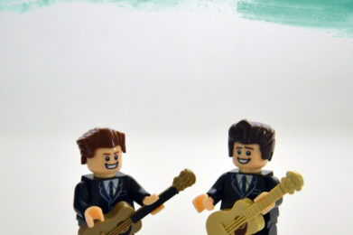 The Everly Brothers Lego minifigure created by Bloom Design, Don Everly, Phil Everly