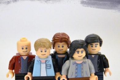 Radiohead Lego minifigure created by Bloom Design, Thom Yorke, Jonny Greenwood, Phil Selway, Ed O'Brian, Colin Greenwood