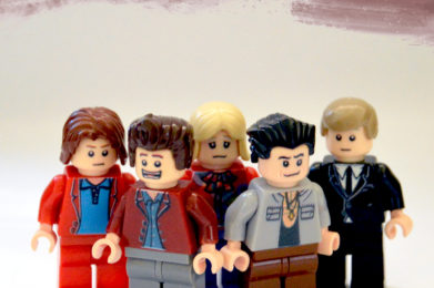 The Rolling Stones Lego minifigure created by Bloom Design, Mick Jagger, Keith Richard, Bill Wyman, Charlie Watts, Brian Jones