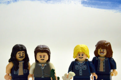 Status Quo Lego minifigure created by Bloom Design, Francis Rossi, Rick Parfitt, John Coghlan, Alan Lancaster
